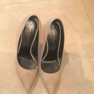 Yves Saint Laurent ivory High Heel Shoes